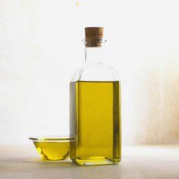 Öle und Futterzusätze